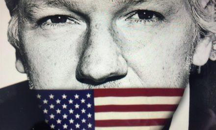 Pai de Julian Assange Pede aos Estados Unidos que Respeitem a Primeira Emenda