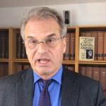 """Crimes Contra a Humanidade"": Advogado Promete Levar ""Medidas Anti-Covid"" a Tribunal"