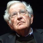 Chomsky e a Fabricação do Consentimento: Media, Propaganda e Manipulação das Massas