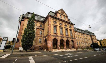 Tribunal Distrital Alemão Declara Confinamento Inconstitucional