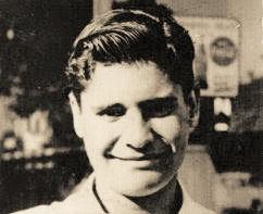"""""""O Meu Pai e Eu Fomos para um Centro de Refugiados"""": Testemunho na Primeira Pessoa do 15 de Março de 1961"""