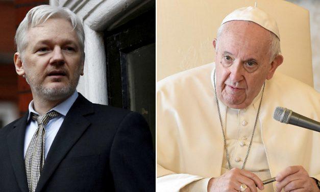 Papa Francisco envia Carta de Apoio a Julian Assange, que está Preso no Reino Unido